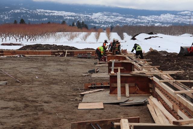 Joe & Sons - Sandblasting Kelowna - Okanagan Sunshine Fruit Packers - Gallery Image - Construction Workers Working